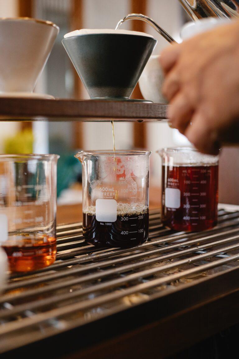 Read more about the article קפה חומצי: האם החומצות שיש לנו בקפה טובות לנו?